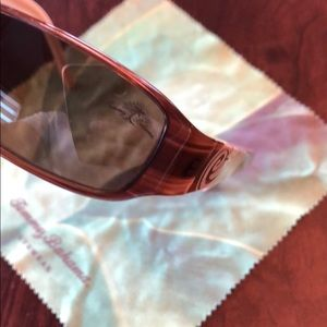 Tommy Bahama Accessories - Tommy Bahama sunglasses